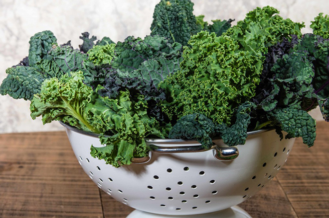 kale-in-strainer-on-table