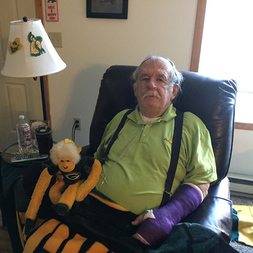 Lon Putzer enjoyed a Green Bay Packers football game thanks to his hospice team at Mayo Clinic Health System.